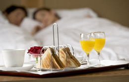 breakfast_in_bed