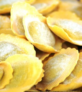 To save time you can use ready-made fresh pasta sheets for the ravioli